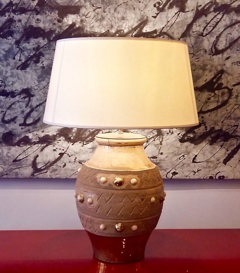 Lamp in clay and gilded earth circa 1960